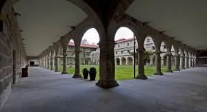 Claustro renacentista del Monasterio de Santo Estevo de Ribas de Sil